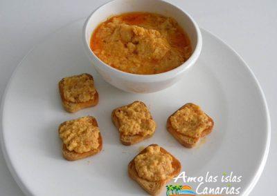 almogrote queso con mojo rojo entrante picoteo adeje islas canarias tenerife