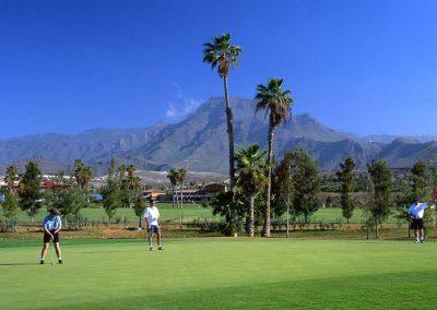 arona-golf-tenerife-foto-de-Tenerife Tourist Board-islas-canarias