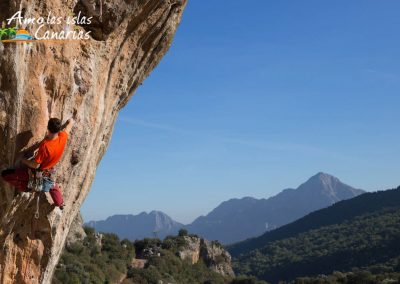 imagenes de deportes extremos en las islas canarias escalada en rocas tenerife gran canaria españa adeje