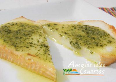 islas canarias recetas de queso blanco con mojo verde adeje