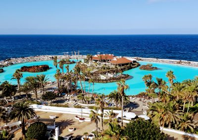 lago martianez piscinas naturales en puerto de la cruz tenerife