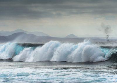 playa-y-costa-costa-de-alcala-en-tenerife-del-sur-islas-canarias-espana_56854-154