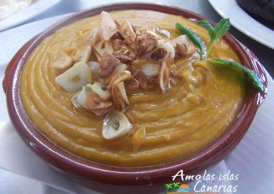receta escaldon canario gofio comida tipica de canarias arona