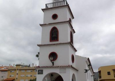 iglesia en cabo blanco arona tenerife sur misa parque niños