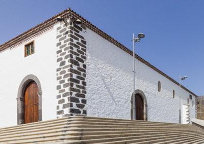 iglesia santa ursula en adeje pueblo tenerife sur misa parque religion catolica