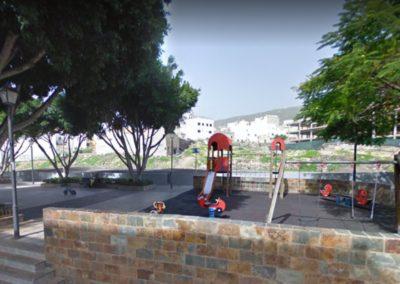 parque en valle de san lorenzo arona tenerife sur parque para niños plaza de la iglesia juegos diversion