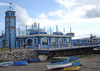 puerto de las galletas en arona tenerife sur para pescar navegar en barco puerto maritimo