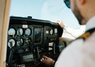 curso de piloto en cabin crew school granadilla de abona tenerife